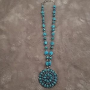Jewelry - Costume turquoise necklace